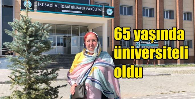 65 yaşında üniversiteli oldu