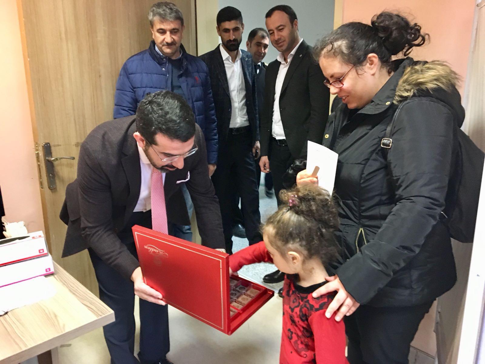 AK Parti'den 14 Mart Kutlama Ziyaretleri