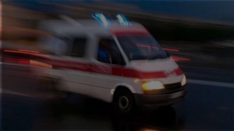 Ambulansla Otomobil Çarpıştı: 2 Ölü, 5 Yaralı