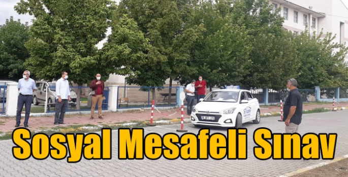 Iğdır'da Sosyal Mesafeli Sınav