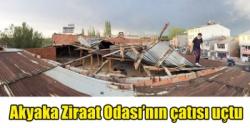 Akyaka Ziraat Odası'nın çatısı uçtu